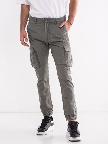 Muške moderne pantaloone