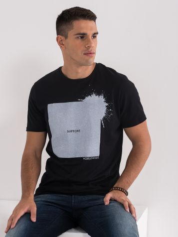 Majica sa štampom i natpisom