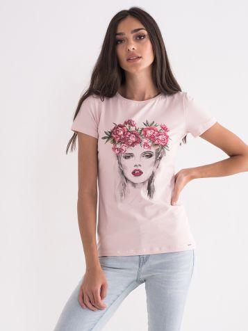 Majica u roze boji