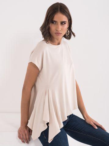 Majica sa asimetričnim sečenjem