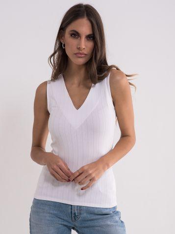 Bijela jednostavna majica