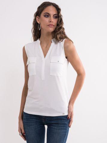 Bijela majica sa džepovima